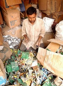 e-waste india worker